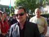 Bono_smiling_for_the_camera_25_nov_2006