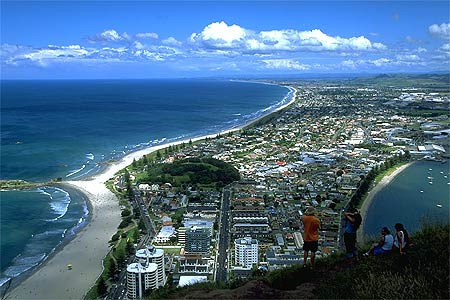 mt_maunganui_new_zealand.jpg